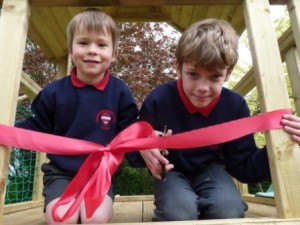 Luke & Edward cutting the ribbon!